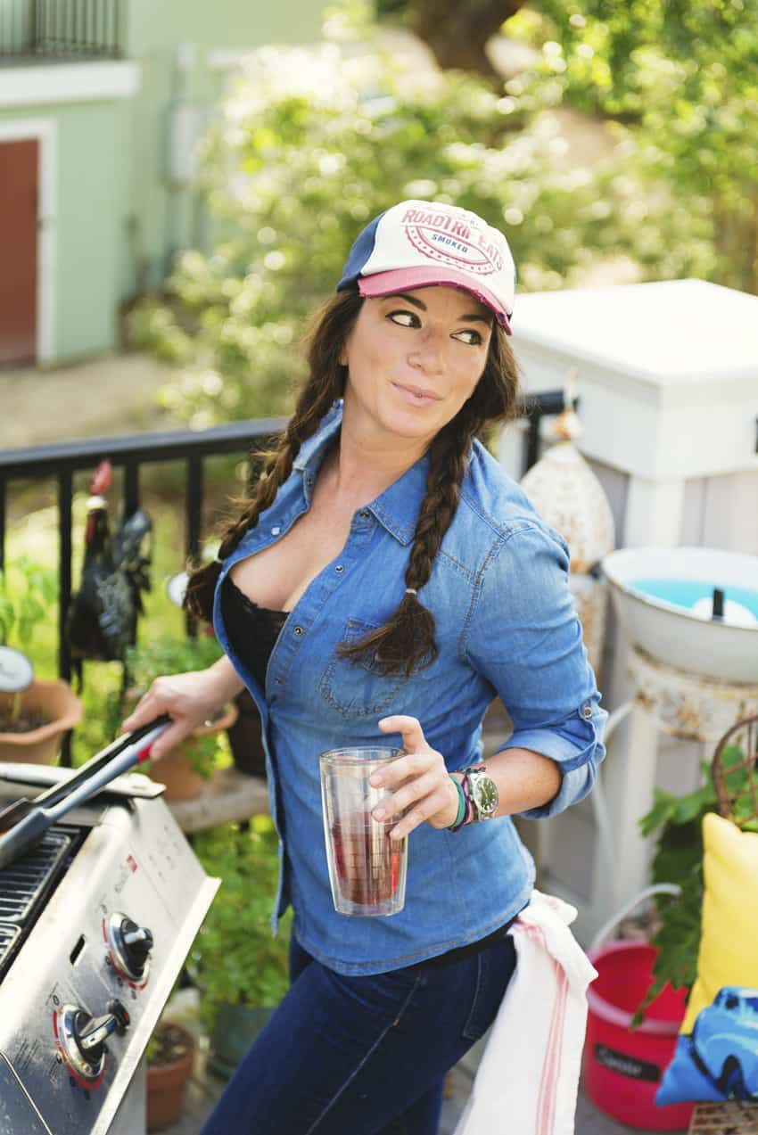 Girl Carnivore Kita Roberts Sexy Female Meat Chef BBQ Barbecue Griller