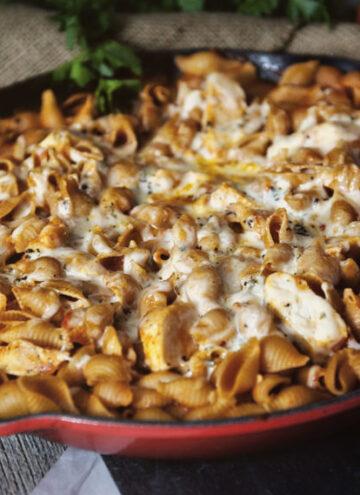 Weeknight Skillet Chicken Parmesan Pasta | Kita Roberts GirlCarnivore.com