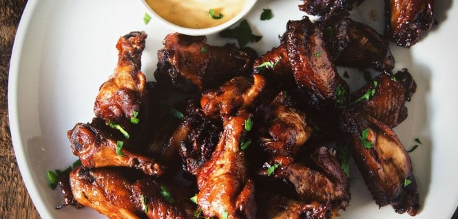 Slow Cooker Sweet Chili Chicken Wings || GirlCarnivore.com