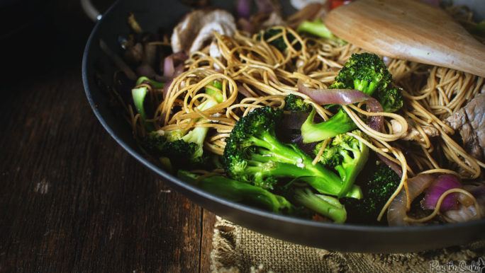 This Wok was perfect for the Fried Pork Lo Mein. Just look how bright that broccoli is!