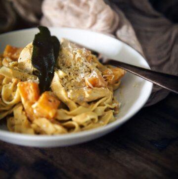 Creamy Pumpkin Alfredo with Roasted Butternut Squash and Turkey | Kita Roberts GirlCarnivore.com