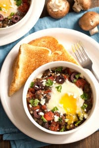 Greek-Baked-Eggs-with-Lamb-and-Mushrooms-3006
