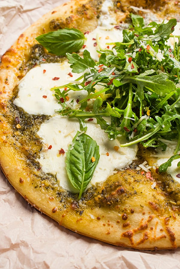 Grilled-Pesto-Pizza-with-Fresh-Mozzarella-A-fast-and-easy-summer-pizza-recipe