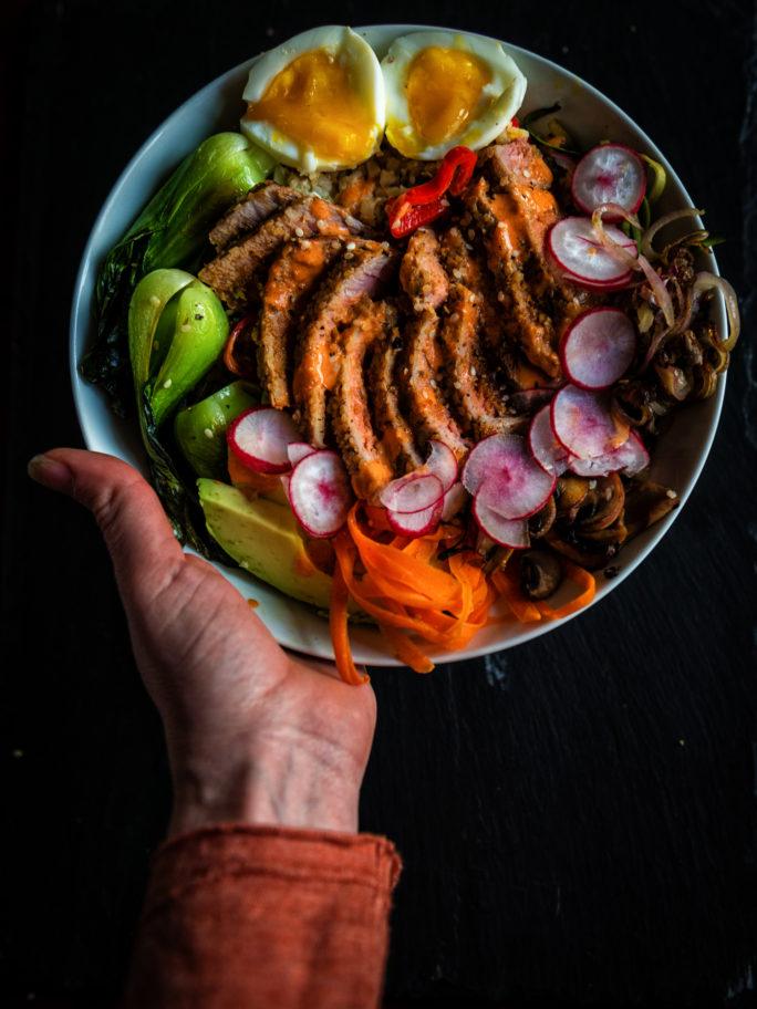 Paleo Sesame Tuna Bowls | Kita Roberts GirlCarnivore.com