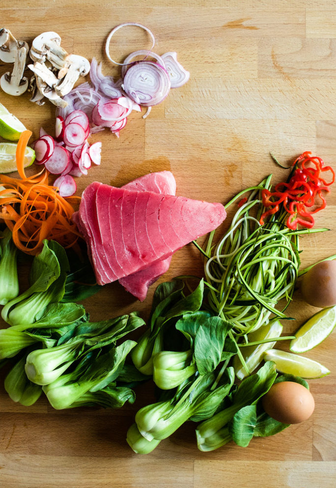 What you need to make fresh tuna steak bowls