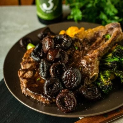 Easy Red Wine and Shallot Pan Sauce for Steaks