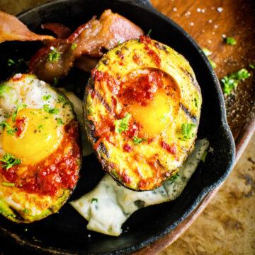 Whole 30 Grilled Harissa Avocado Baked Eggs | Kita Roberts GirlCarnivore.com