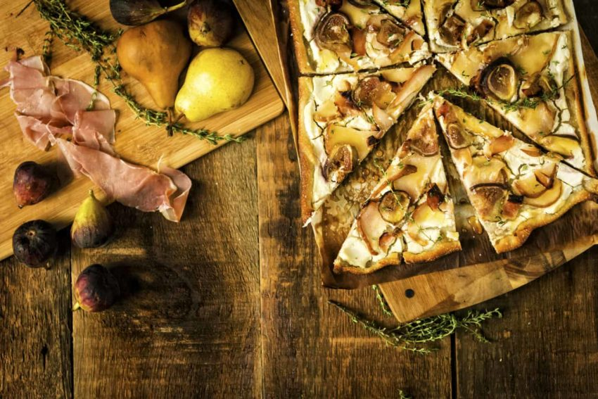 Savory Grilled Pizza with Fig and Pears Recipe
