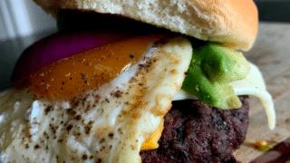 Caveman Burger 2.0: The Ultimate Beefy Burger • Grillax