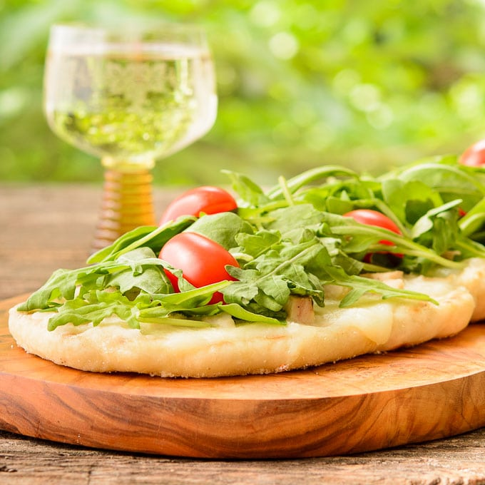 Grilled Wine and Cheese Pizza